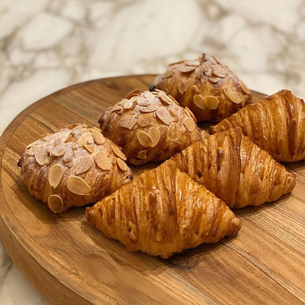 PACK OF 6 - ASSORTED VIENNOISERIE & PASTRIES