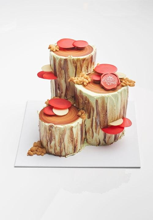 Kaya & Pineapple Log Cake