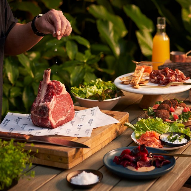 BBQ Experience for 8 Persons
